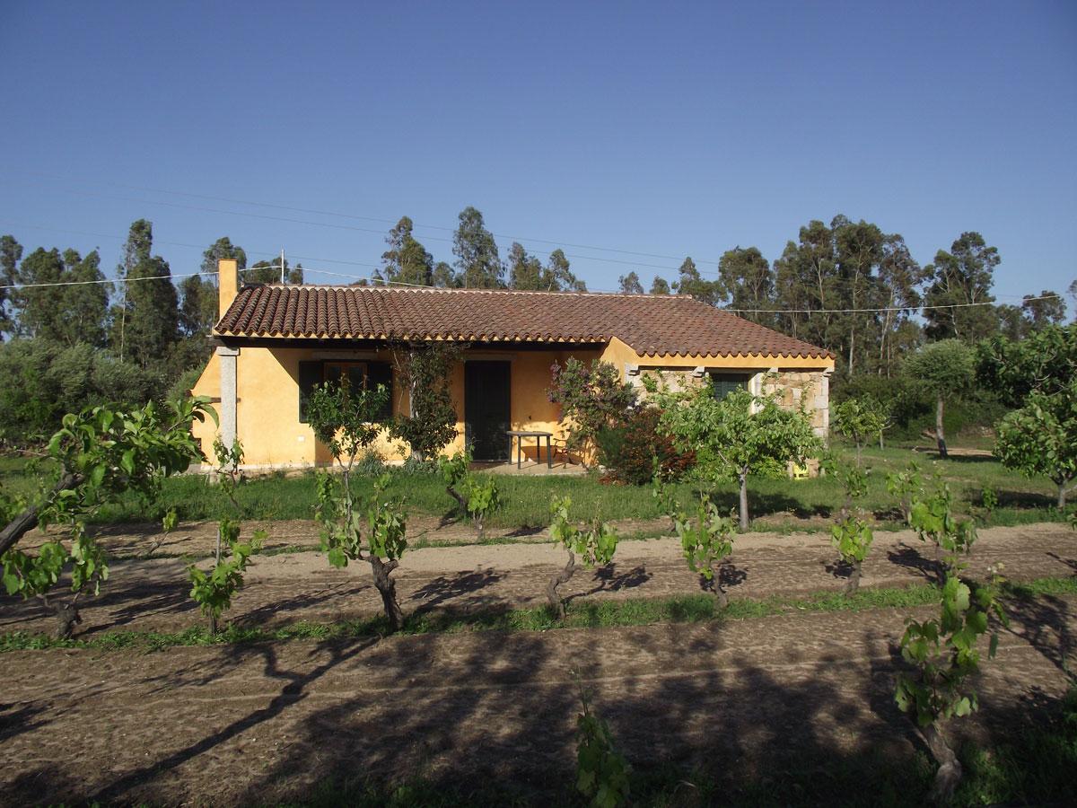 Sardinien alleinstehendes Ferienhaus Sa Intza 1700 m von