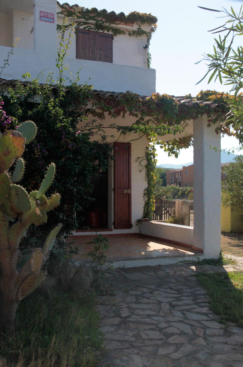 Sardinien alleinstehendes ferienhaus casa edma 850 m von for Haus sardinien