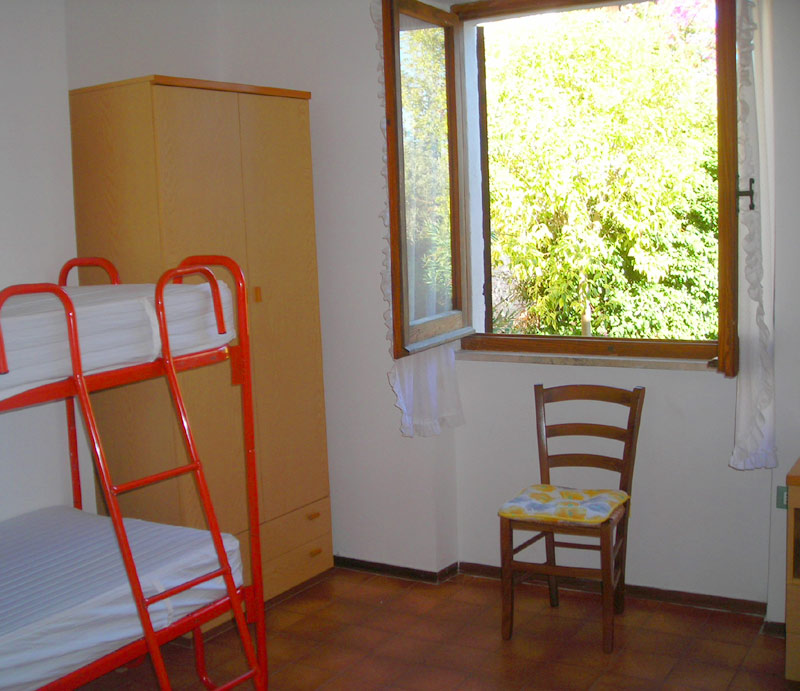 sardinien ferienhaus am meer casa soliana bei posada budoni 250 m vom meer. Black Bedroom Furniture Sets. Home Design Ideas