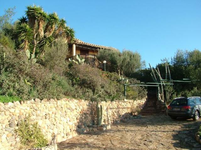 sardinien alleinstehendes ferienhaus ines 400 m von strand meer. Black Bedroom Furniture Sets. Home Design Ideas