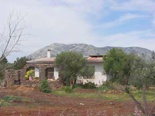 Sardinien ferienhaus an strand und meer san teodoro for Sardinien haus mieten