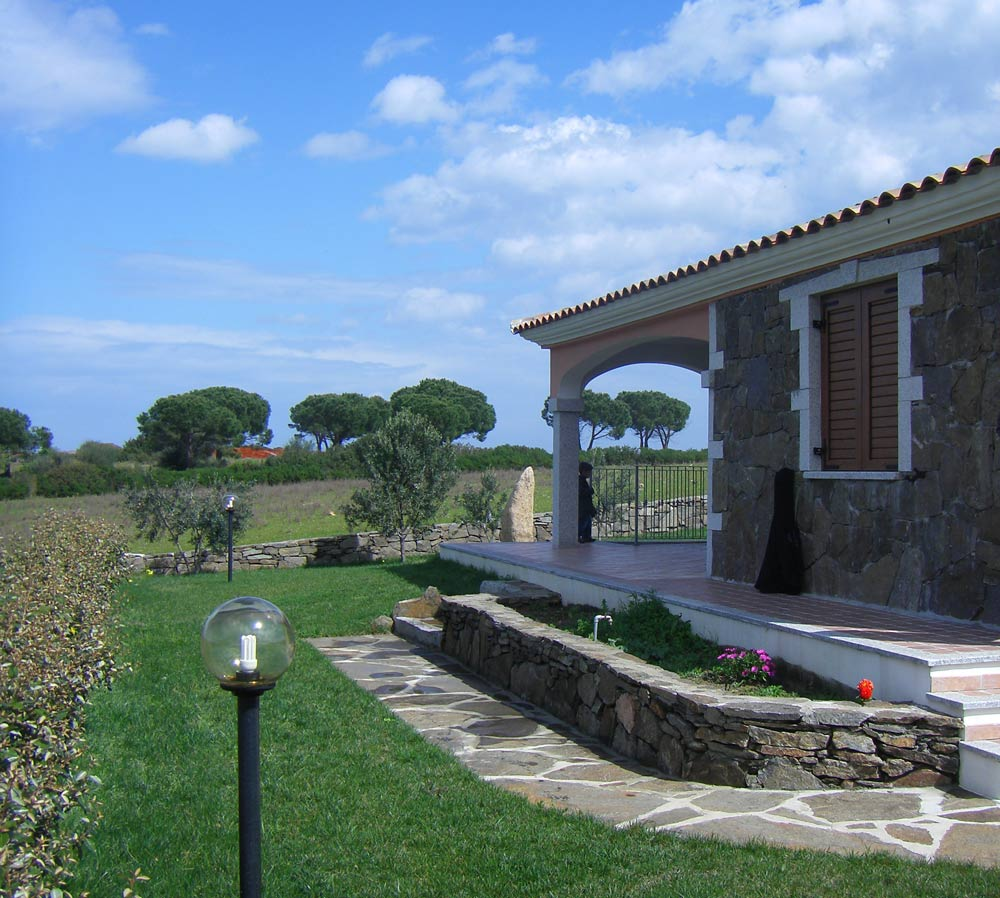 Sardinien ferienhaus am meer casa monica baia st anna for Haus sardinien