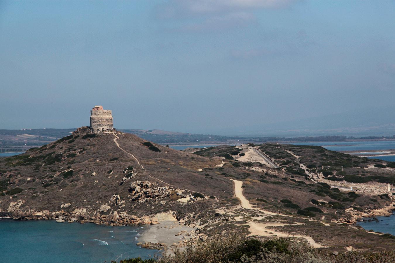 Sardinien ferienhaus corbezzolo 250 m von strand meer for Haus sardinien