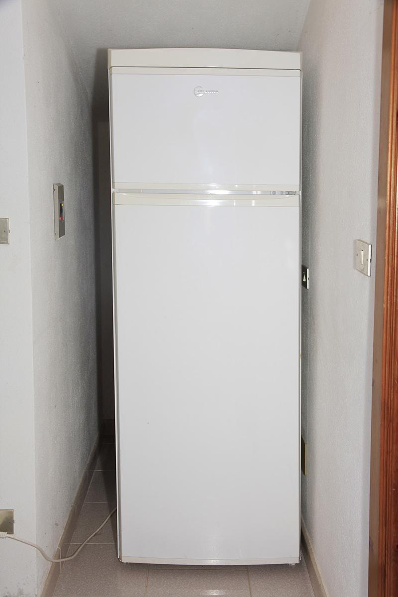 Sardinien ferienhaus am meer puddu bei posada budoni for Kühlschrank mit gefrierfach oben