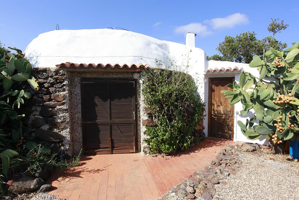 Sardinien Ferienhaus Alleinlage Rundhaus Meerblick bei