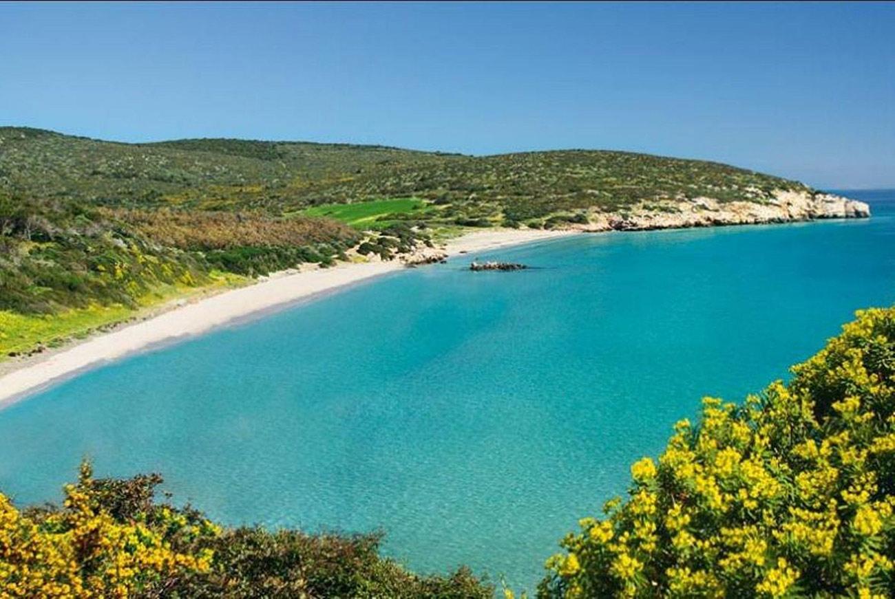 Sardinien ferienhaus am strand 50 meter villa zentiarrubia for Ferienhaus am meer sardinien