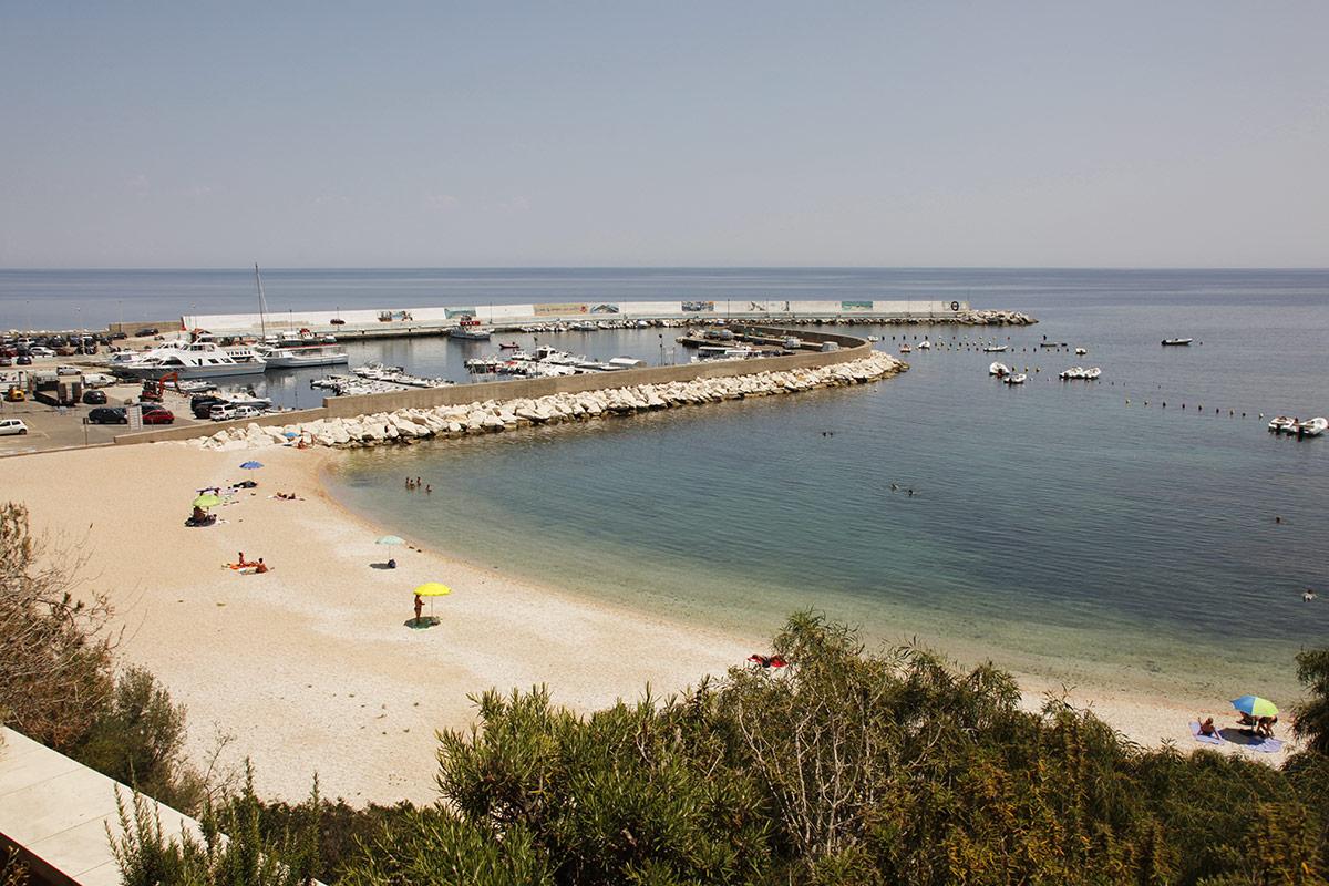 Sardinien ferienhaus am strand 200 meter casa dommo noa for Sardinien ferienhaus am strand