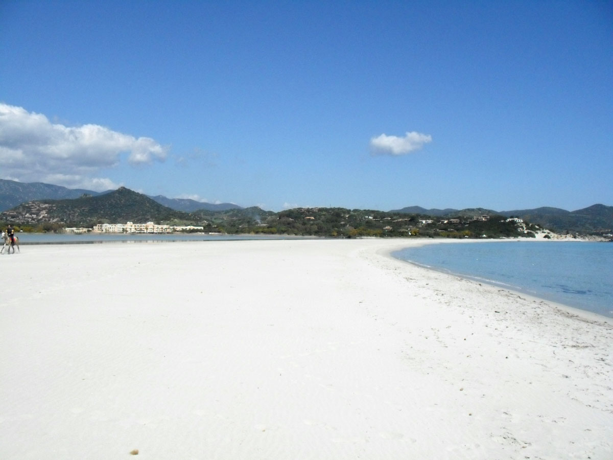 Sardinien ferienhaus am meer und strand von privat case for Ferienhaus am meer sardinien
