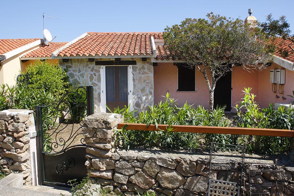 Sardinien Ferienhaus direkt an Strand und Meer Case