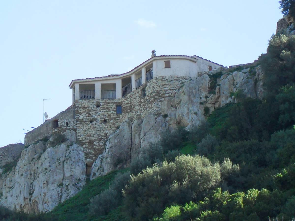 Sardinien alleinstehendes ferienhaus casa turrione 2000 for Haus sardinien