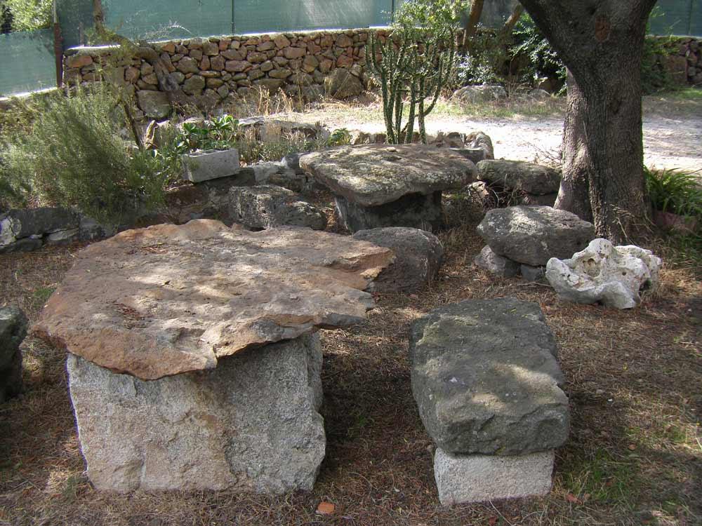 Sardinien ferienhaus am meer orosei casa zorza 2500 m for Gartengestaltung schattiger garten